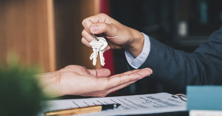 Immobilier : comment les ménages ont fait du PEL un produit d'épargne